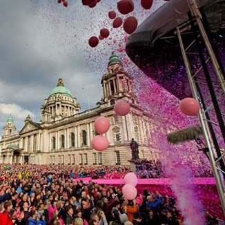 Giro at Belfast City hall